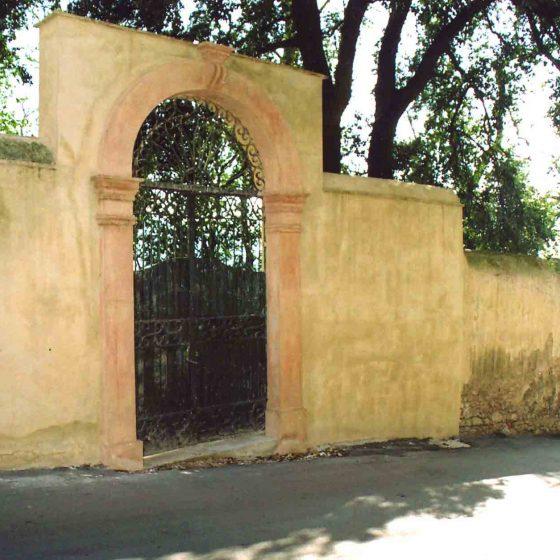 Trevi - Trevi, via delle Fonti villa Fabbri [TRE055]