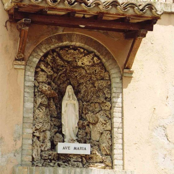 Trevi - Trevi, via del Crocifisso [TRE238]