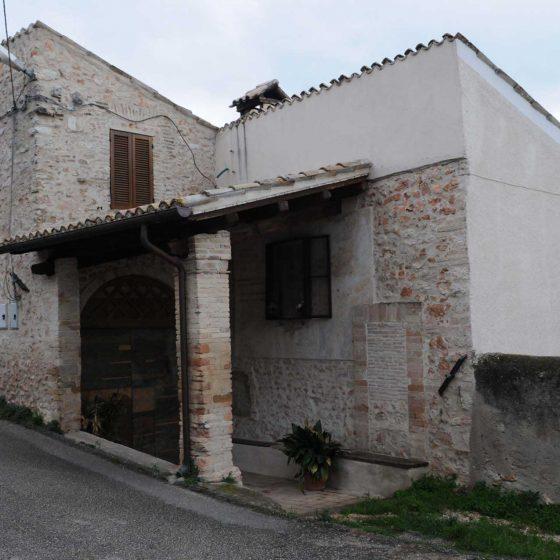 Trevi - Bovara, casa Mascio [TRE640]