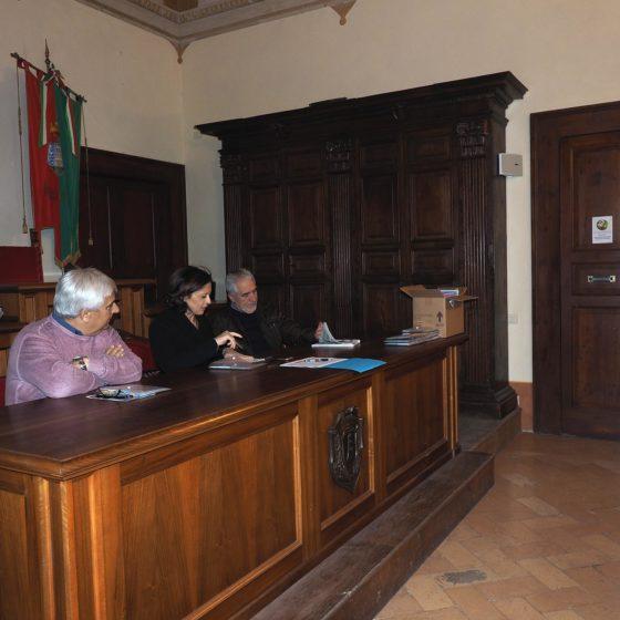 I sentieri di mezzo: presentazione, Trevi, Sala Consiliare, 1 maggio 2016