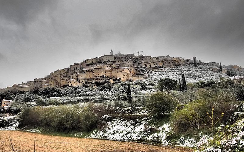 Trevi la prima neve del 2013